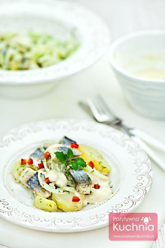 #Salatka i #sledzie czyli sałatka śledziowa z ziemniakami i cebulą.  http://pozytywnakuchnia.pl/salatka-sledziowa/  #przepis #kuchnia