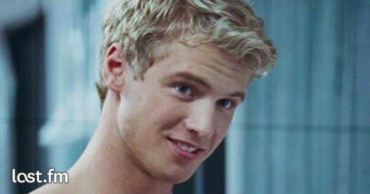 Freddie Stroma: News, Bio and Official Links of #freddiestroma for Streaming or Download Music