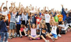 Groupon - Sostieni Sport Senza Frontiere Onlus. Potrai partecipare ad una lezione di pugilato con il campione Roberto Cammarelle a Roma. Prezzo Groupon: €3
