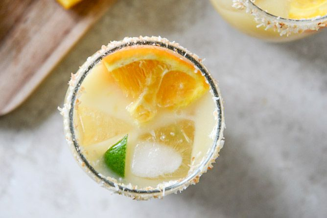Here's what I have realized in the past 12 hours: I have a ridiculous amount of margarita and taco recipes. Can't even deal. I'm like, oh, maybe I'll make a list of some cinco de mayo recipes at the request of my invisible internet friends, which ultimately turned into my computer freezing because I had …
