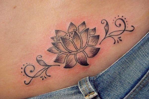 flor de 35 Lovely Lotus Flower Tattoos