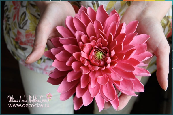 Flowers made from ClayCraft by Deco Soft Clay. www.decoclay.ru