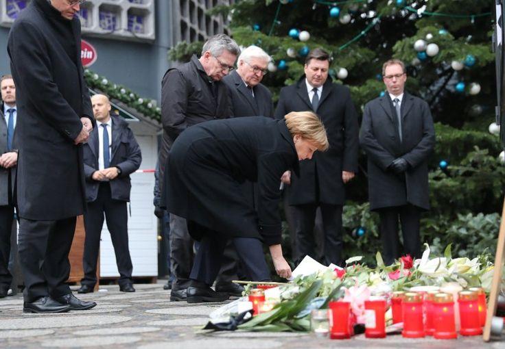 Auch Bundeskanzlerin Angela Merkel besuchte am Dienstag den Tatort am...