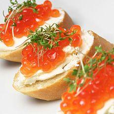 81 best images about caviar recipes on pinterest for Canape de caviar