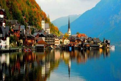 Orășelul din Alpii austrieci cu istorie impresionantă și peisaje de poveste http://www.antenasatelor.ro/turism/7576-ora%C8%99elul-din-alpii-austrieci-cu-istorie-impresionanta-%C8%99i-peisaje-de-poveste.html