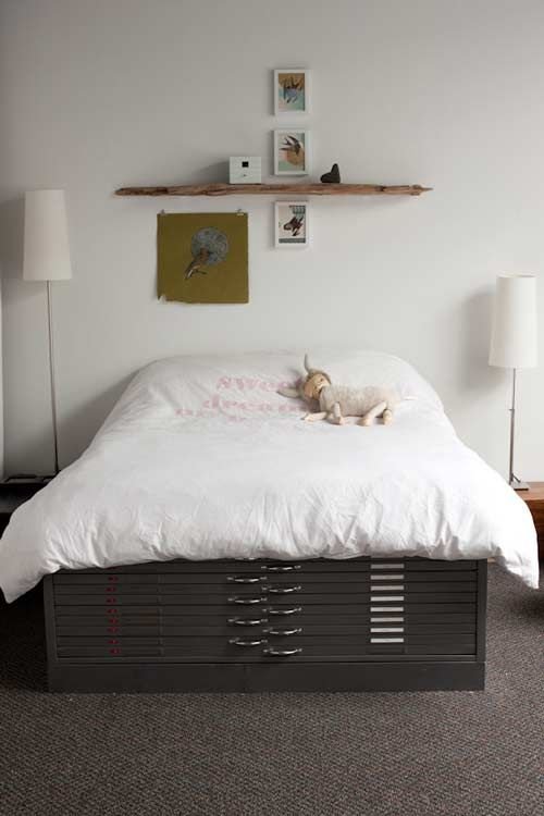 like the simplicityFloating Shelves, Guest Beds, Storage Cabinets, Cool Ideas, Beds Frames, Storage Beds, Art Supplies, Flats File, Cozy Beds