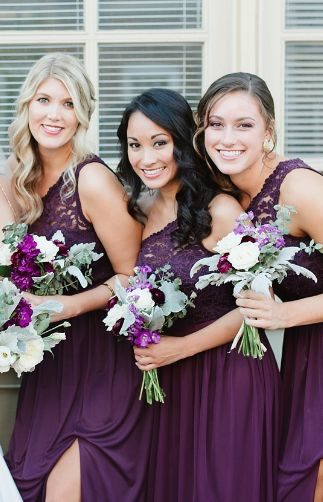 Purple dresses and purple bouquets for the bridesmaids.