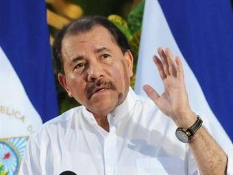 """NICARAGUA (L., 16 SEP 2013)       - LIMITES CON COLOMBIA """"Nicaragua vuelve a demandar a Colombia ante La Haya por límites marítimos"""". .. Nicaragua solicitó al órgano judicial de la ONU delimitar su plataforma continental más allá de las 200 millas náuticas. .."""