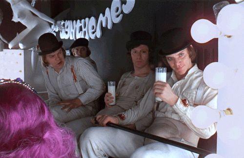 Des scènes de films cultes en gif 04 A Clockwork Orange 2