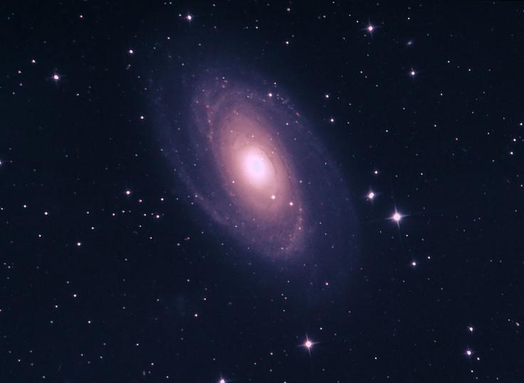 #astrophotography #M81 #galaxy imaged with GSO RC 8 Carbon #telescope and MagZero MZ-9 CCD camera. #astrofotografia #Galassia #M81 ripresa con #telescopio GSO RC 8 Carbon e MagZero MZ-9.
