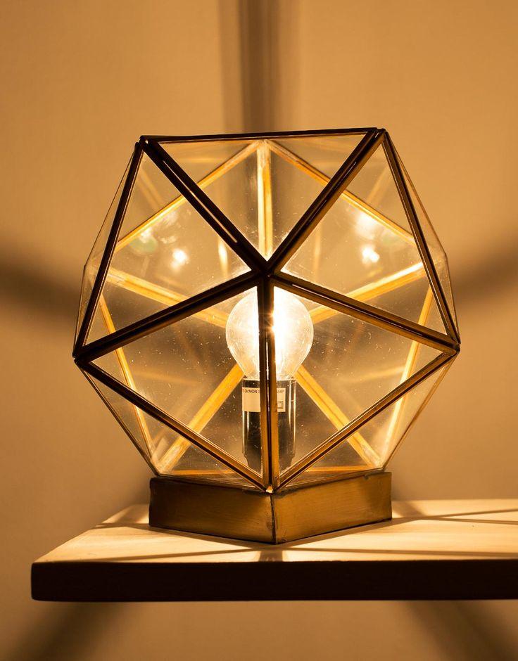 DIAMON bordslampa mässning