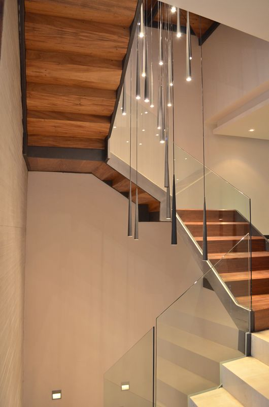 pasillos escaleras iluminacin interior decoracin hogar luces moderno casas proyectos
