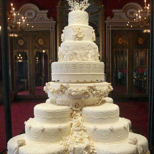Big Wedding Cake Images : Big Wedding Cake Wedding Pinterest Beautiful ...