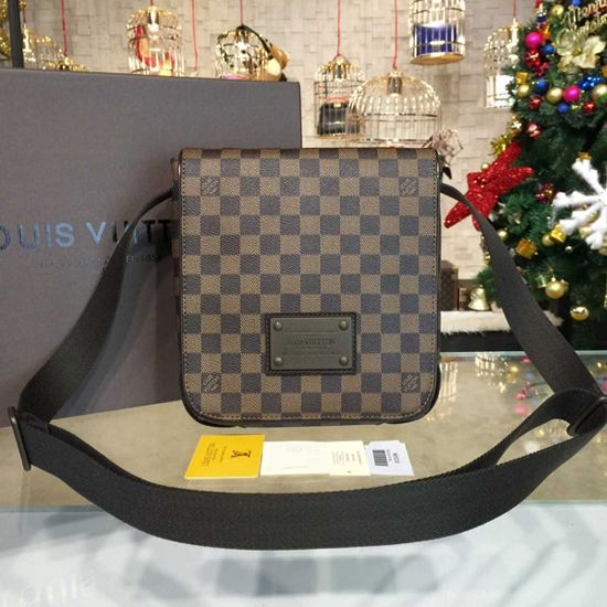 728c7cbcfae7 Louis Vuitton N51210 Brooklyn PM Messenger Bag Damier Ebene Canvas ...