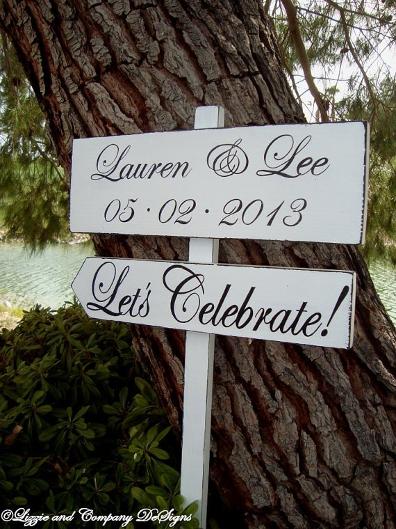 DiReCTioNaL WeDDiNg SiGnS - Classic Style by lizzieandcompany, etsy