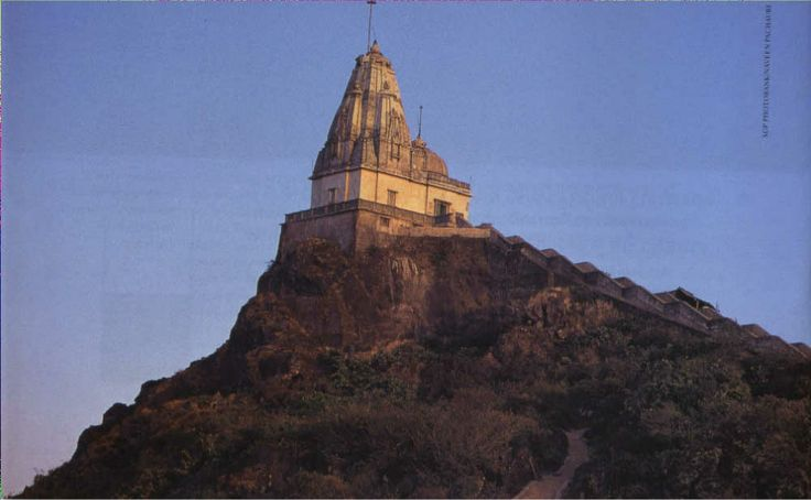 Parasnath Temple is located around 63 km to the north of #Dhanbad and is well connected with bus routes. Covering a distance of around 650 metres, tourists can reach Parasnath city, which is home to many Jain temples.