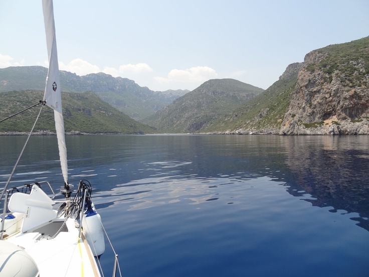 Heading into a small Bay midday swim in a cove mid-way between Kipirissi and Monemvassia. Now just how gorgeous is this?