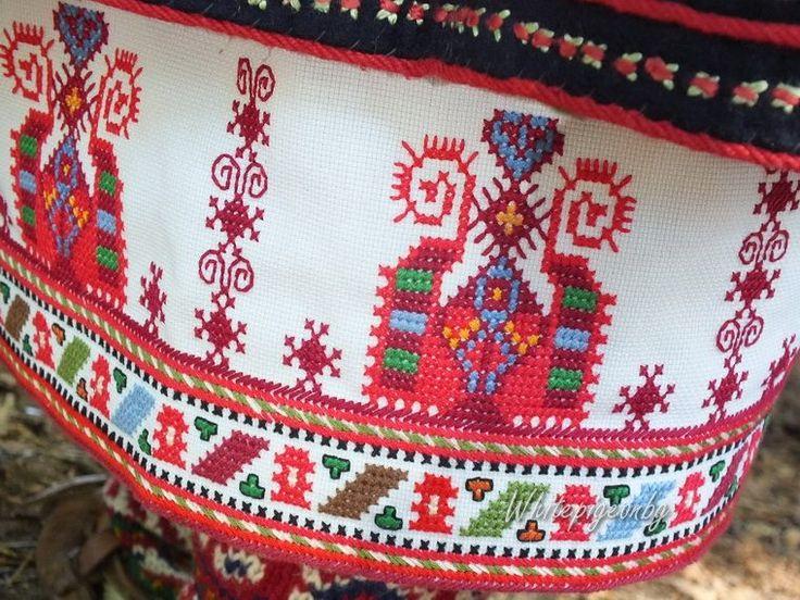 Embroidered lower edge of a woman's chemise.  From the village of Banichan, Gotse Delchev Municipality, Blagoevgrad region (southwestern Bulgaria).