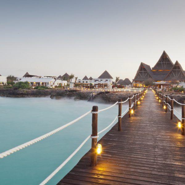 Sejur in Zanzibar la Essque Zalu Zanzibar 5* – reduceri de pana la 40% Perioada: 25 iulie 2017 – 22 decembrie 2017 si 6 ianuarie 2018 – 22 decembrie 2018 http://bit.ly/2hgfgYK