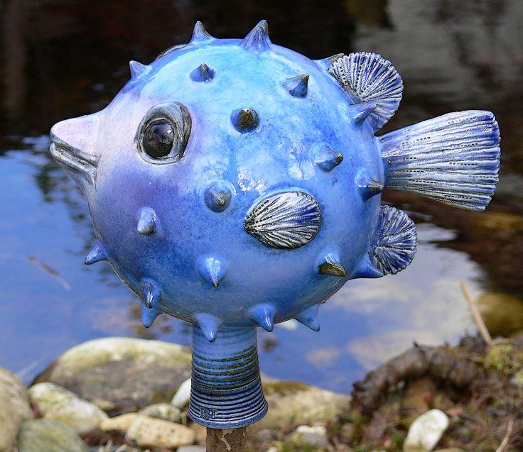Kugelfisch gartenschmuckst cke aus keramik von brigitte for Beleuchtete gartenfiguren