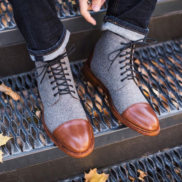 """THE JACK BOOT IN GREY/BROWN 