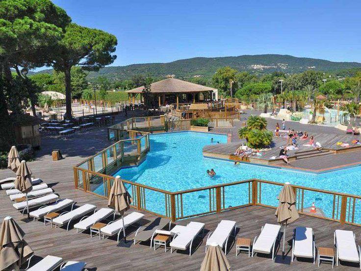 Le camping 5 toiles Les Tournels se situe à quelques pas de la belle plage de Pampelonne et vous propose des prestations haut de gamme: piscine chauffée, bien-être e