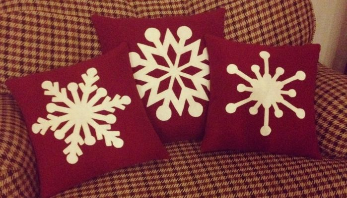 Directions to make snowflake pillows under $5.00 pillow