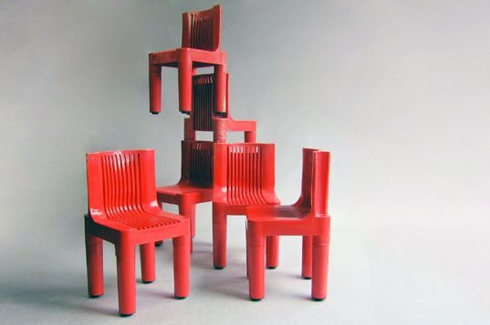 Chair model 4999/5 - KARTELL  Kartell se destacó cuando lanzó al mercado la silla infantil No. 4999/5 diseñada por Marco Zanuso y Richard Sapper