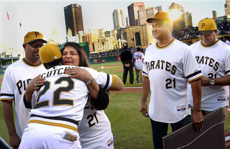 Mayor declares 'Clemente Day' with special ceremony before tonight's Pirates game | Pittsburgh Post-Gazette