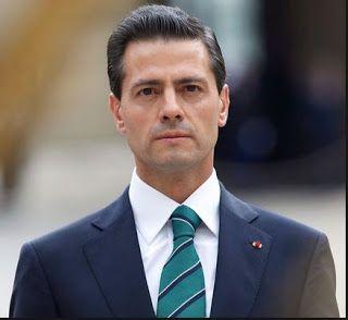 Gente dedicada a trabajar de la siembra en Zapotitlán impidió que el presidente Enrique Peña grabara su spot para promocionar el quinto y pe...