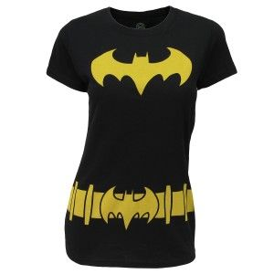 I want this shirt... Not just because its from Big Bang Theory. But because its Batman. The Superman one is nice too.