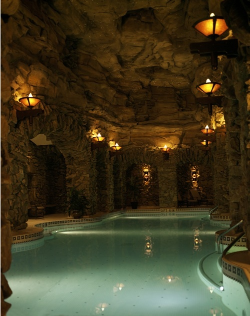 The Lap Pool At The Grove Park Inn Spa The Omni Grove Park Inn Is A Nearly One Hundred Year Old
