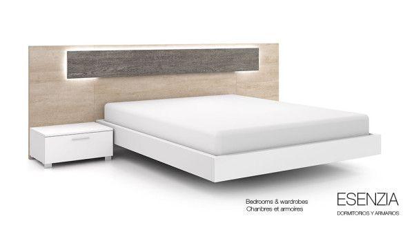 El cabecero de cama Modena incorpora leds opcionales que tienen la función de crear una iluminación ambiental, que se puede cambiar de color mediante el mando a distancia siempre que se quiera, así como también tiene la función de aportar modernidad al dormitorio de matrimonio.