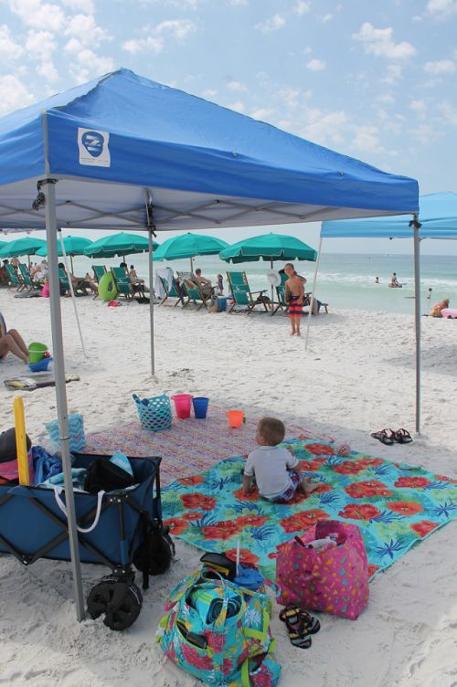 Beach Hacks Every Mom Needs to Know | www.passionforsav…