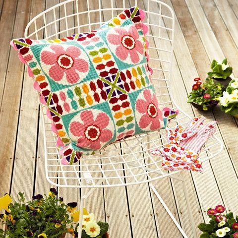 Supersize Stitches Retro Flower Tile Cross Stitch Kit - Design Copyright Jacqui Pearce - shop at JacquiP.com