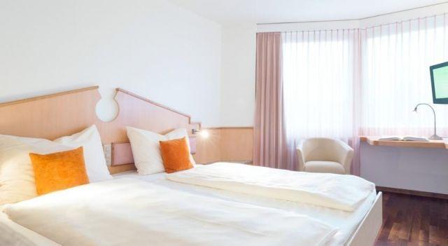 Welcome Inn - 3 Star #Hotel - $90 - #Hotels #Switzerland #Kloten http://www.justigo.ca/hotels/switzerland/kloten/welcome-inn_5631.html