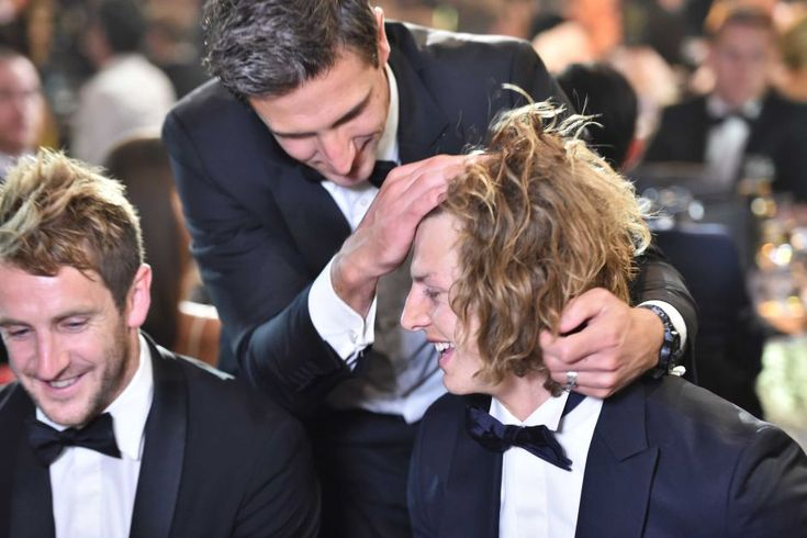 Matthew Pavlich congratulates Nat Fyfe at the 2015 Brownlow Medal ceremony