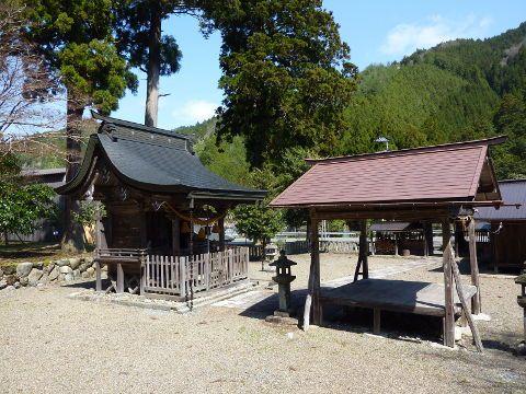 上黒田春日神社