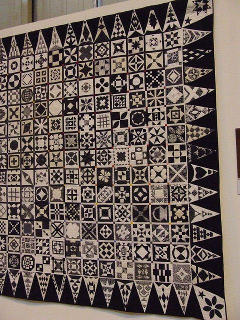Dear Jane quilt in black and white and grey. I'm not usually a dear jane girl, but I can get behind this.