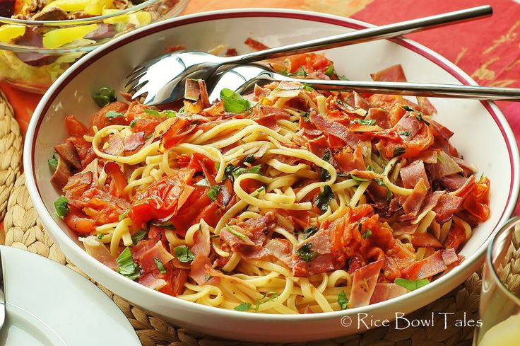 Rice Bowl Tales: 烤薰火腿番茄扁意麵 Baked Smoked Ham and Tomato Linguine