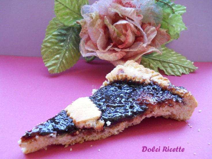 http://dolciricette.blogspot.it/2012/03/crostata-morbida.html