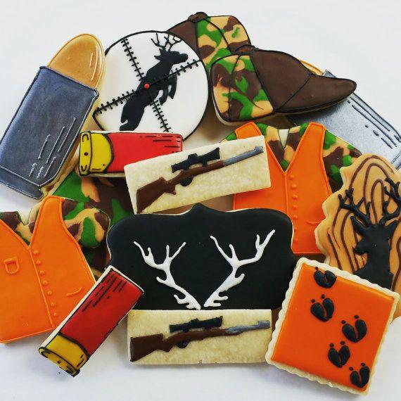 Deer Hunting cookies, sugar cookies,royal icing cookies,hunting,gun,bullet, camouflage cookie, deer cookie ,shot gun shell,good luck gift