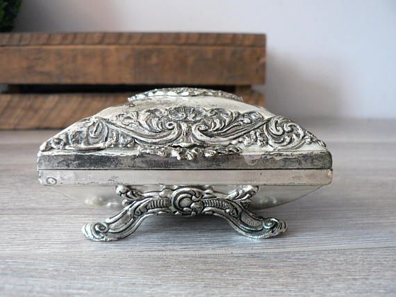 Antique 800 Silver Footed Ring Box with Filigree Accents