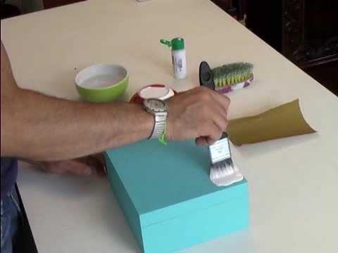 Veja como fazer Pátina com uma escova de lavar roupa!