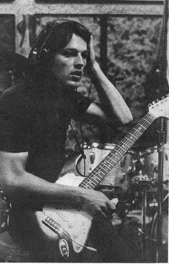 David Gilmour... this picture makes me want to cry... really