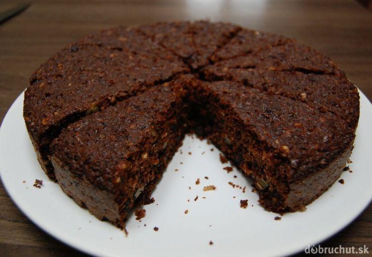 Fotorecept: Orechovo-cícerový koláč bez múky