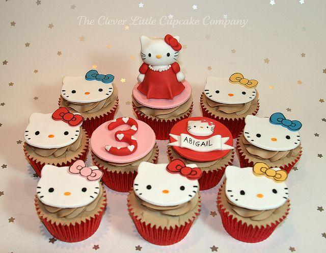 Panquecitos de Hello Kitty.Cupcakes Company, Cupcakes Inspiration, Kitty Theme, Cupcakes Hello, Cups Cake, Hello Kitty Cupcakes, Kitty Cake, Cupcakes Rosa-Choqu, Celebrities Cupcakes
