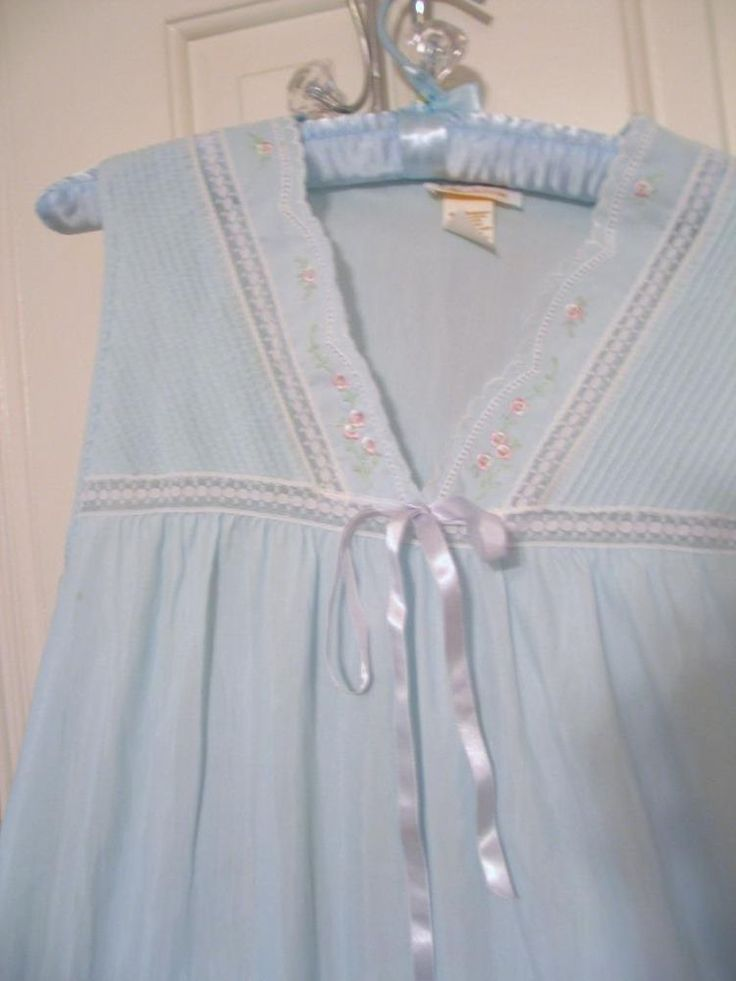 NOS Barbizon Blue Night Gown Smocking Lace Embroidered Sleeveless Petite Med #barbizon