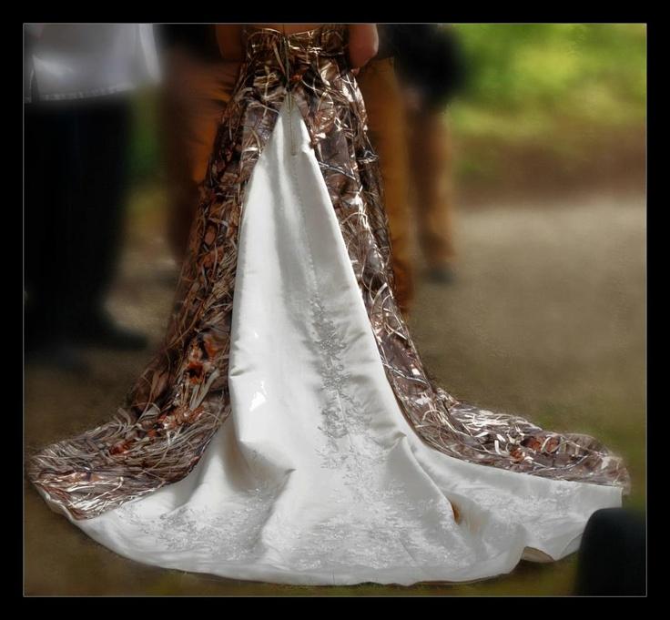Max-4 camouflage wedding dress.