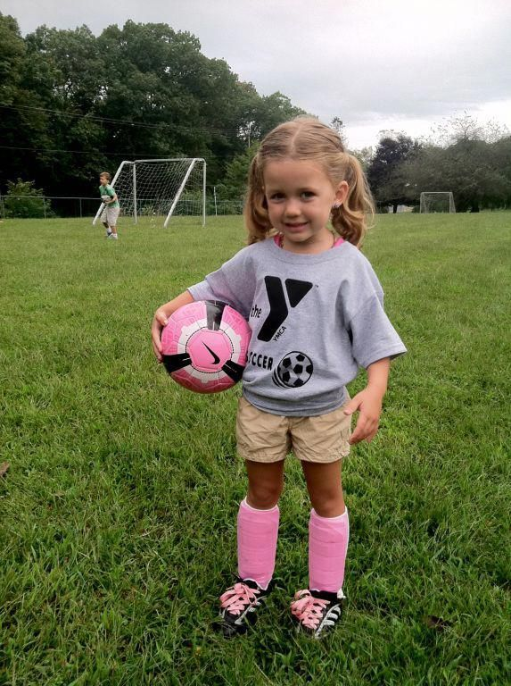 Tips And Tricks To Play A Great Game Of Football Girl Playing Soccer Soccer Girl Kids Soccer